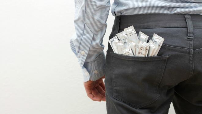 TRI MOGUĆA REŠENJA: Neplanirana akcija ali zaboravio si kondom?