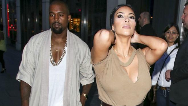 KANYE, CARE, SVAKA ČAST: Kim Kardashian pokazala telo bez obrade, filtera i fotošopa!