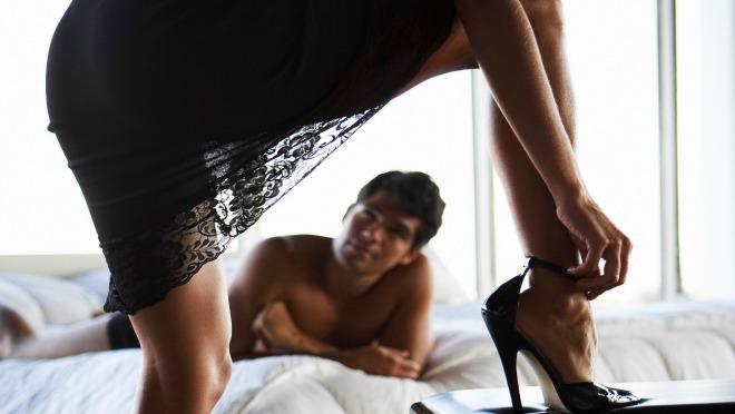 ŽENSKI OKIDAČ BR.1:Muškarci se okreću za guzom a žene za...