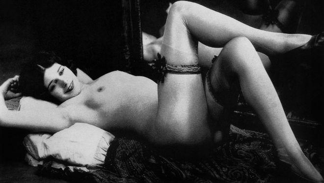 Erotika pre 100 godina: Ovo je nekada bilo seksi