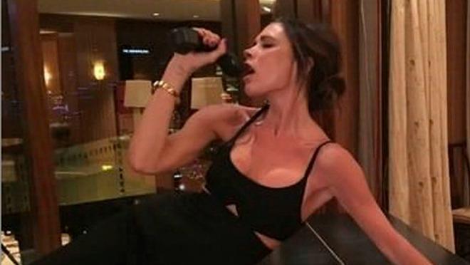 Pripita Victoria Beckham odlepila u kafani i napravila haos