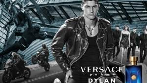 Gigi Hadid u novom kontroverznom spotu za poslednji Versace parfem