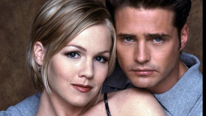 Kako danas izgleda lepotica iz čuvene tinejdž serije Beverly Hills, 90210