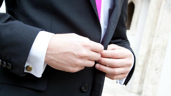 SAVETI ZA SOLO TIPOVE: Kako se čuvaju odela?