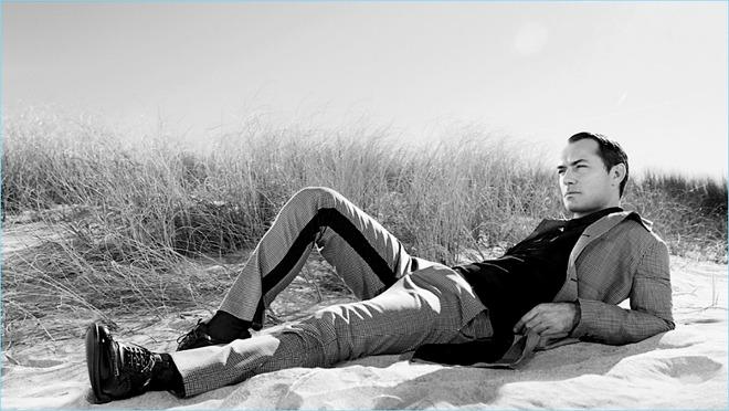 WOW: Jude Law je snimio NEVEROVATNE FOTOGRAFIJE za novu kampanju brenda PRADA
