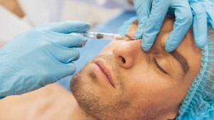 ŠOKANTNA STATISTIKA: Sve više muškarca posećuje estetske hirurge!