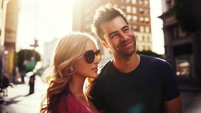 Neki parovi se groze a drugi uživaju da rade ove stvari na javnom mestu