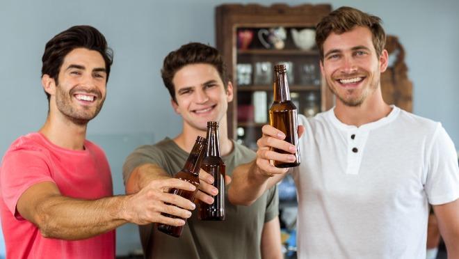 Živeli! Naučnici potvrdili da pivo leči bolje od paracetamola!