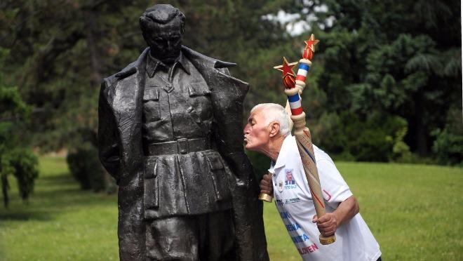 Tito i komunistički hedonizam