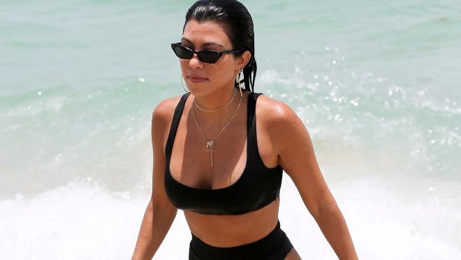 Najzgodnija Kardashianka pokazala na plaži da nije sve u silikonima