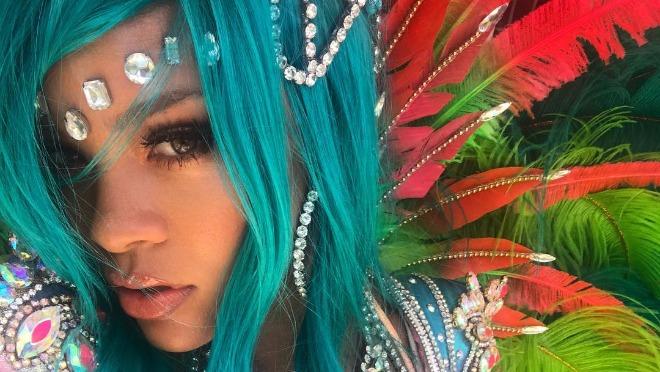 Rihanna i njen karnevalski kostim će vas izludeti!