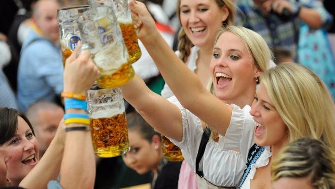 9 razloga zašto ne smete da propustite Oktoberfest!