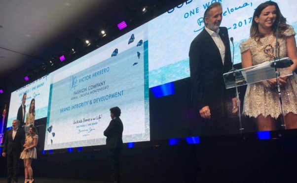 Međunarodna Guess nagrada za integritet i razvoj u ruke Fashion company