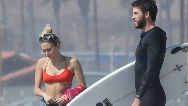Kome još tako dobro stoji crveni bikini?