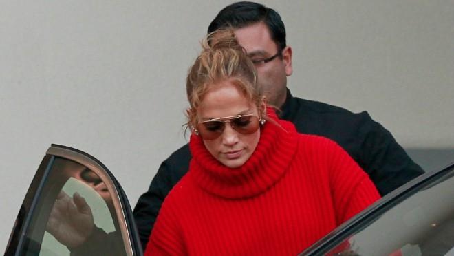 Crveno volim te crveno: Jennifer Lopez ponovo u centru pažnje