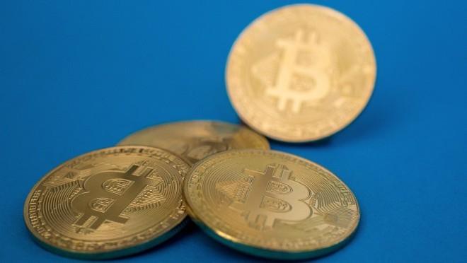 Bitcoin opsesija: Da li verujete nevidljivom novcu?