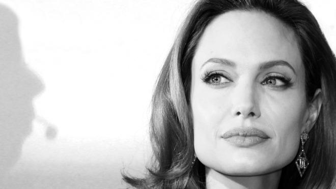 Šokantno priznanje Angeline Jolie izazvalo je burne reakcije