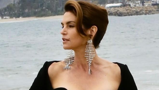 Sunce, plaža i najlepša žena na svetu