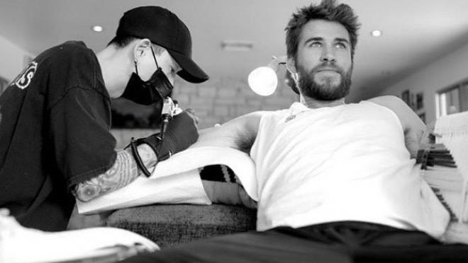 Nova tetovaža Liama Hemswortha oduševila je žene širom sveta ali muškarce ne