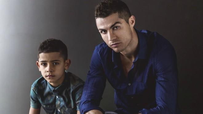 Tata za primer: Ronaldo proslavio rodjendan blizanaca!