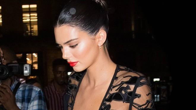 Procurele gole fotke Kendall Jenner