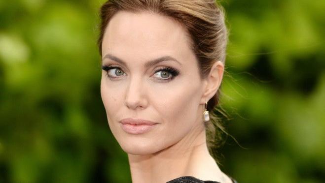 Iznenađenje: Angelina Jolie - plavuša?!