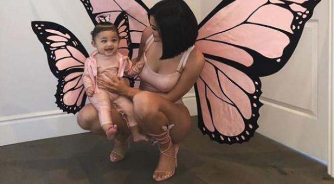 Ona je trenutno najseksepilnija mama na svetu
