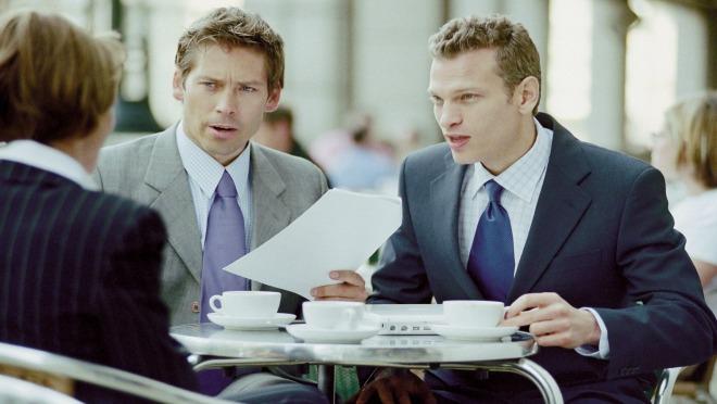 Da li je moguće biti prijatelj i nadređeni kolega u isto vreme?
