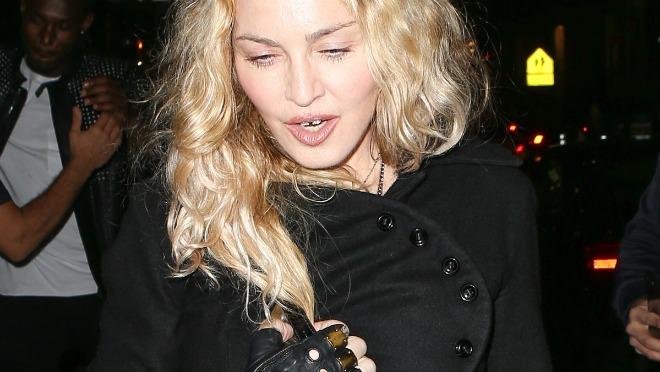 Madonna ne želi da se odrekne Michaela Jacksona pre presude
