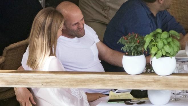 Ljubav na Kapriju: Njih dvoje ne puštaju jedno drugo iz ruku