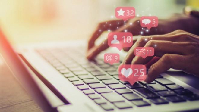 Držite li se bontona na društvenim mrežama ili nemate pojma ni šta bi to bilo?