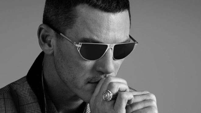 Popularnni glumac dobio je ulogu u kampanji brenda Versace