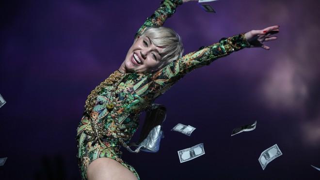 Miley Cyurus se prvi put oglasila od raskida sa Liamom Hemsworthom