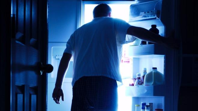 Da li noćni obroci zaista toliko goje?