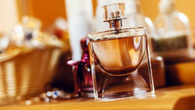 Kako pravilni naneti parfem?
