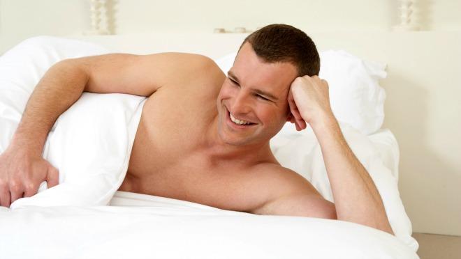 Solo zabava u krevetu - razlike između muskaraca i žena