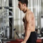 Biceps pregib sa kablom